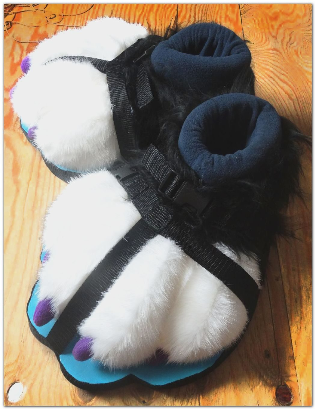 #feetpaws #fursuit #furr.clubc