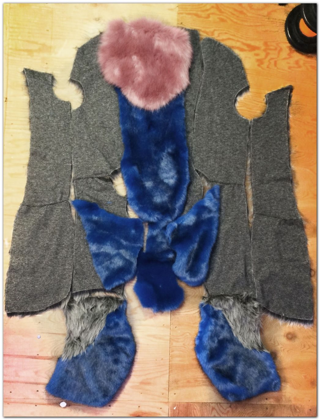#fursuits jumpsuit #furr.club #fursuit Koomoe