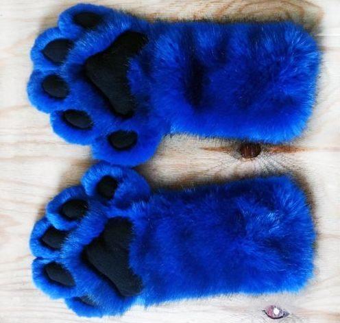 #fursuits handpaws #furr.club #fursuit Koomoe
