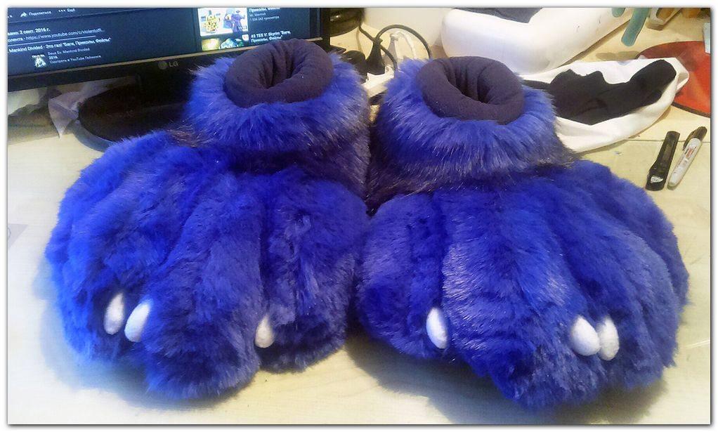 #feetpaws #furr.club #fursuit Koomoe