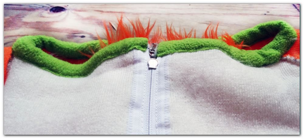 Stitches and collar of fursuit