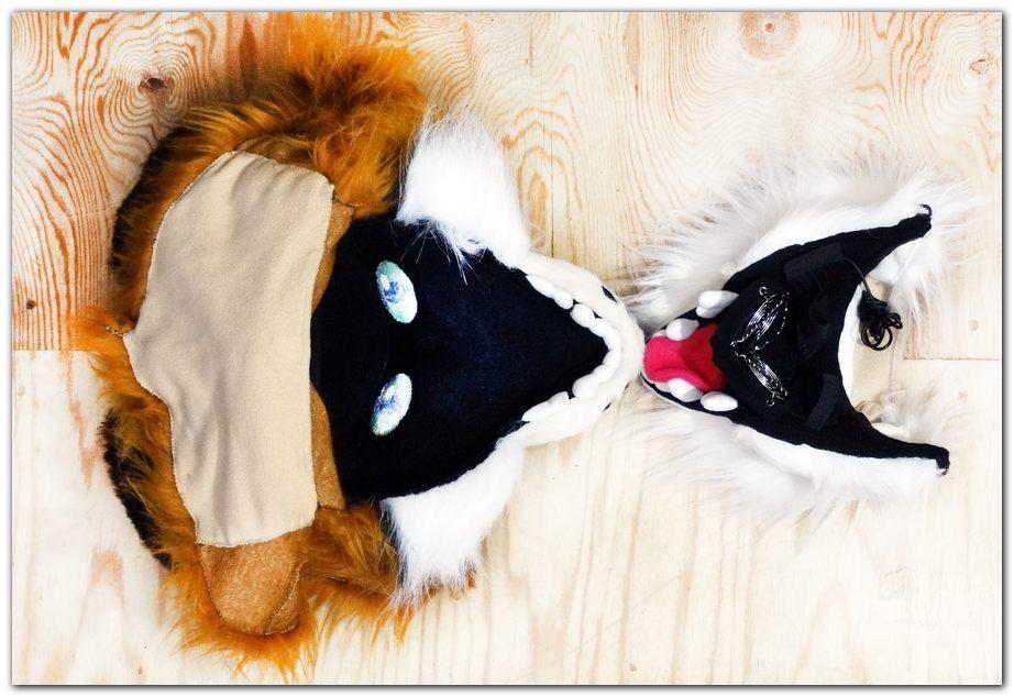 Mask of fursuit in the open position #foxfursuit #furr_club #fursuit