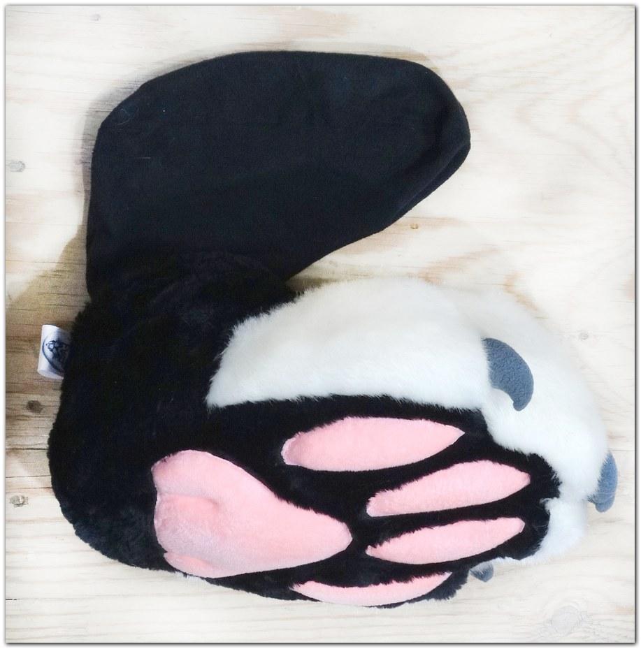 FeetPaws design #Classic Fox fursuit #furr_club #fursuit #Paws