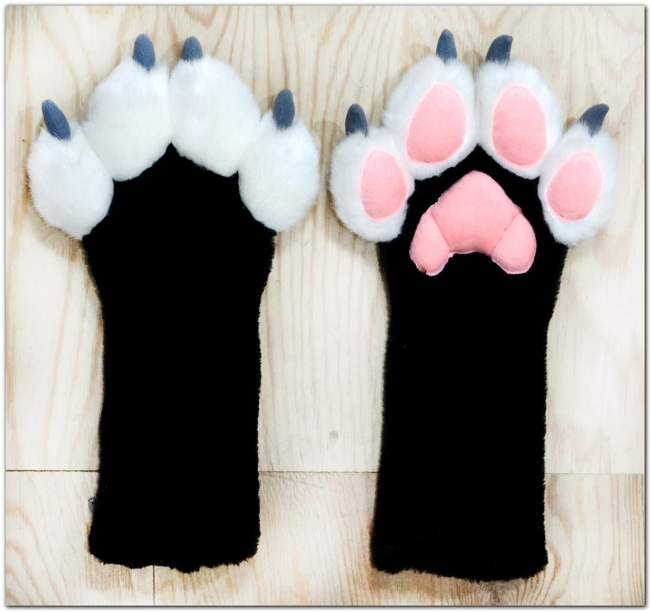 Paws design #Vitallion Fox fursuit #furr_club #fursuit #Paws