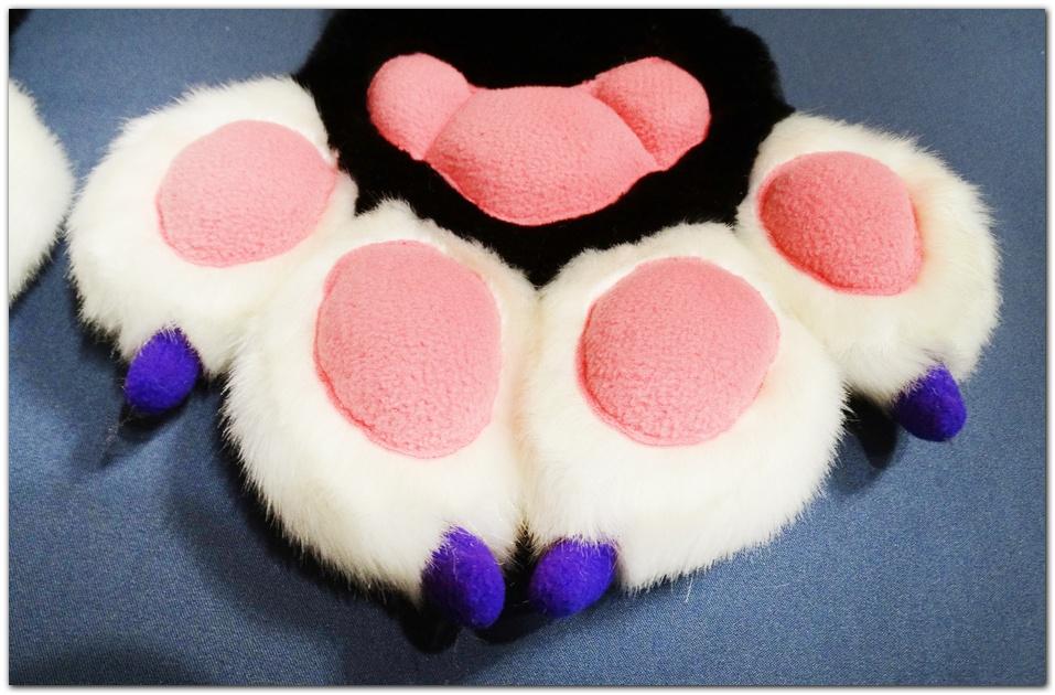 Paws design of Pinkpaws Fox fursuit #furr_club #fursuit #Paws