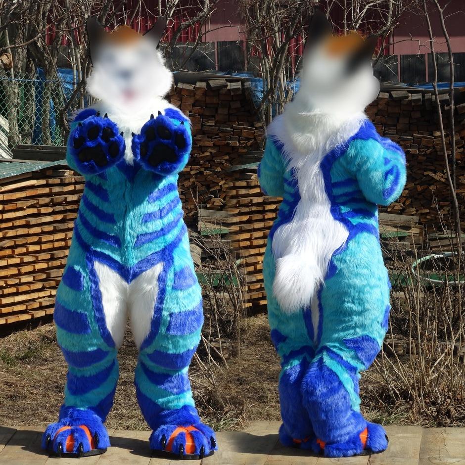 #Hyena_fursuit #furr_club #fursuit #Hyena